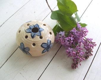 vintage handmade pottery pansy pot vase flower frog Tall Pines Peggy Dalberto