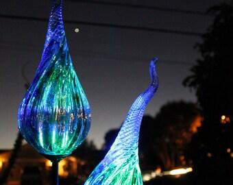 Solar Powered Garden   Lights -  Glow In The Dark- Blown Glass - Illuminates in the dark-