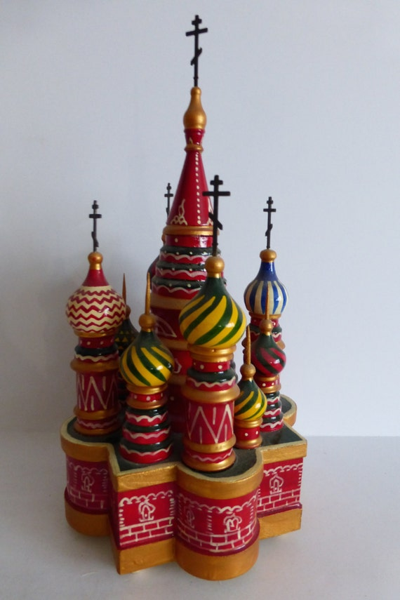Russian wooden music box st basil cathedral evening near for Alpine cuisine fine porcelain