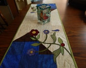 Bird Lovers Table Runner