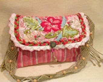 Colorful Pink Flowered Small Casual Shoulder Purse