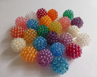 Vintage 20mm Mixed Color Raspberry Beads (24)