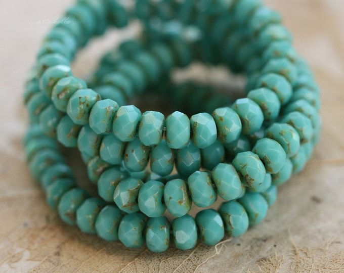 TURQUOISE PEBBLES .. 30 Premium Picasso Czech Rondelle Glass Beads 3x5mm (4471-st)