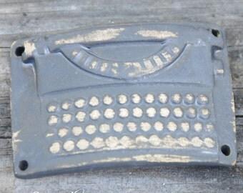 Lavish Cuff Bead with a Nostalgic Typewriter in Black Ice