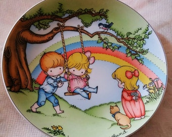 """1981 Joan Walsh Anglund Ceramic Plate - """"Make Every Day a Rainbow""""  Collectible"""