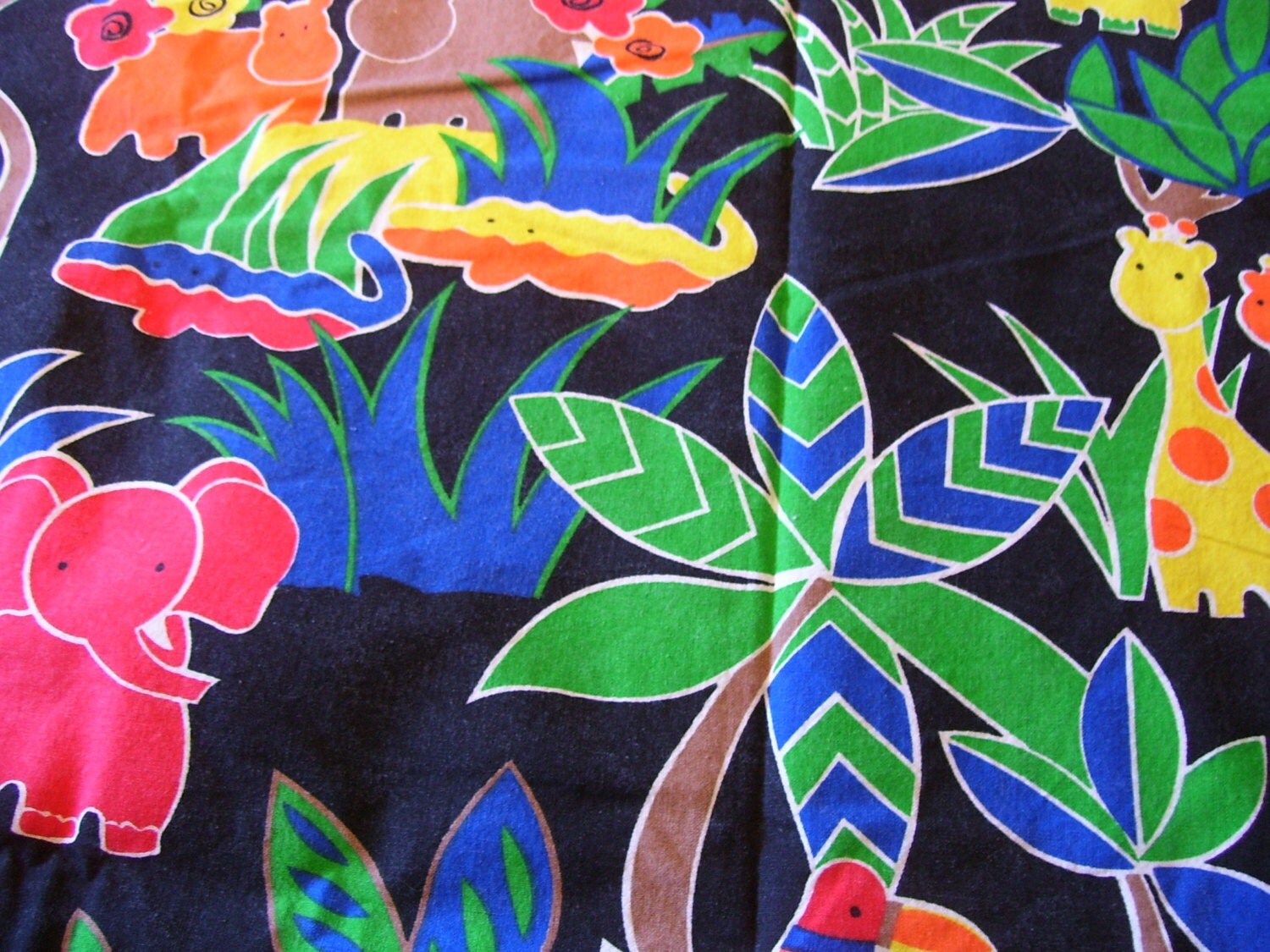 Large fabric remnant jungle print 56inch x 58inch children for Childrens jungle fabric