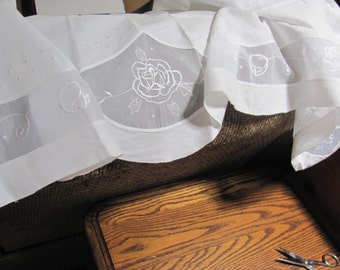 Wow ...Lowered Price...Sweet Bright Cottage White Valance with Large Rose