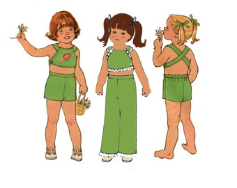 1970s Halter Top and Pants Pattern Easy Cute Midriff Top Shorts Cute Summer Play Clothes Simplicity 7502 Size 1 Vintage Sewing Pattern