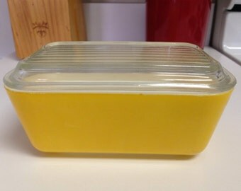 Pyrex Yellow Citrus Daisy 502 Refrigerator Dish With Lid