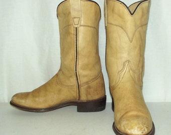 Light Tan cowboy boots - womens size 5.5 M - Wrangler brand western wear boho hippie