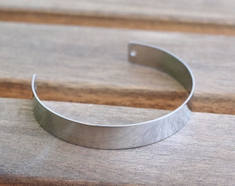 2 Holes Silver Bracelet, 600 Stainless Steel Cuff Bracelets with 2 Holes (10x145x0.80mm)  STL005