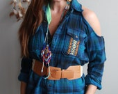 Cool Blues Plaid Native T...