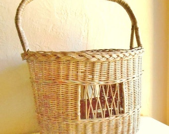 Rustic Tall Square Natural Basket Fishing Tote Farm Basket with Handle