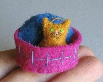 Orange Cat miniature felt plush with stiffened felt basket and pillow play set