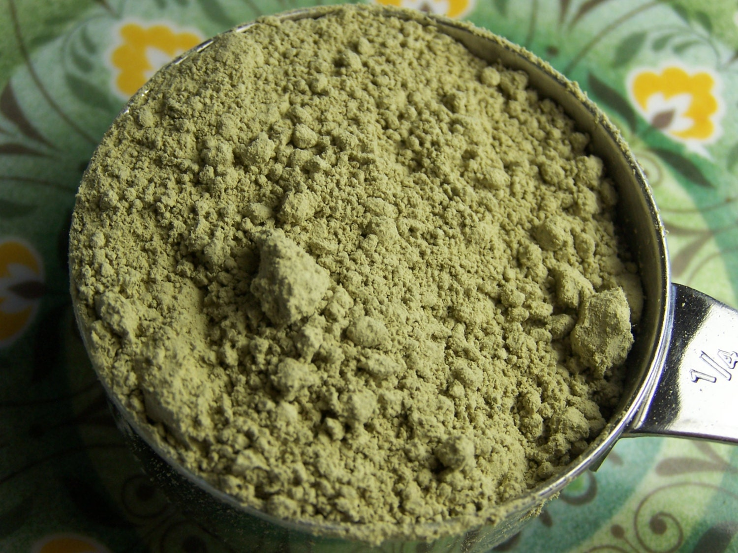 Dried kelp powder