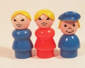Fisher Price Little People Lot Blonde Mom Grandmother Kid Plastic FPLP orange