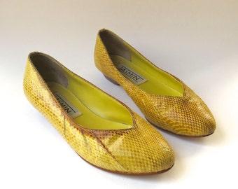 80s vintage Jasmin Mustard Yellow Snakeskin Ballet Flats