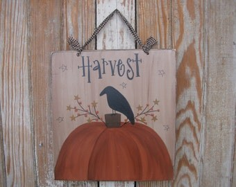 Primitive Autumn Fall Hand Painted Harvest Pumpkin Sign with Crow GCC05883