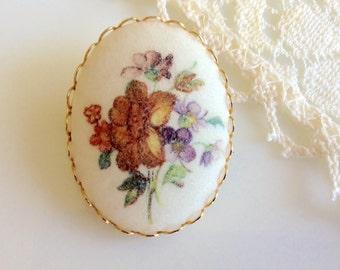 Vintage Sugar Flowers Pin Brooch