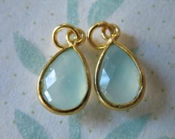 Shop Sale.. 1 5 10 pcs, Chalcedony Bezel Gemstone Charm Pendant, Bezel Gem Stone Pendant, Sterling Silver or Gold Vermeil, 14x8.25 mm, gcp4