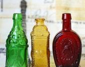 beautiful miniature bottle... from an estate sale... Nov K