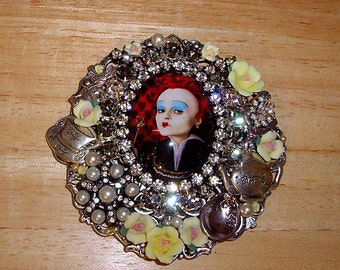 Queen Of Hearts Pin Brooch Pendant Ant Silver OX By Caroline Erbsland OOAK Signed