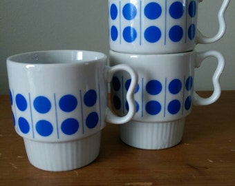 Vintage Blue Dot Teacups - set of 3