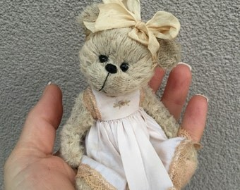 Shaz bears  minature hand sewn bear