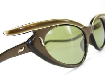 Vintage Winged Cat Eye Glasses Sunglasses Eyewear Paris France Olive