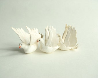 White Vintage Birds . Home Decor . Retro Christmas