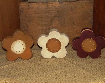 Primitive Wood Hand made Daisy Shelf Sitters, Primitive Daisy Decor, Summer Decor, Shelf Sitter, Decoration