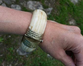SALE One Half Price - Beautiful Unique Vintage Carved Bone Bracelet from Rustysecrets