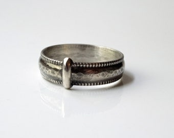 The Original - Solid Sterling Silver Band - Textured, Antiqued & Patterned Edge - Size 7-11 - Blood of my Blood - Sassenach Key Ring