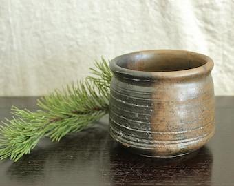 Vintage Hand Thrown Studio Art Pottery Mid Century Pot Vase