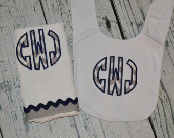 Personalized Bib and Burp cloth Set Monogrammed