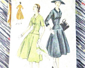 1950s Vogue 8591 Vintage Sewing 50s Dress Pattern Fitted Bodice Full Skirt     Bust 36 Inches
