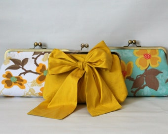 Bridal Clutch - Wedding Clutch - Bridesmaids Clutch - Wedding Purse - Bridesmaid Gifts - Floral Clutch - Bridesmaids Clutch Set of  6