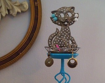 Upcycled Jewelry Holder ~ Kitty Cat ~ Silver and Aqua Stand ~ Ring holder Earring tower
