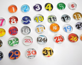 SMALL- 31 number magnet or push pin set - made from recycled magazines,2017 perpetual calendar, teacher, organize, back to school