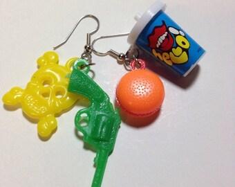 Vintage plastic charm earrings DEADSTOCK