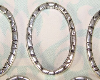 5 Oval Rings Textured Hammered Silver Plated Charms (44342) Jewelry Supplies Metal Basics Connector Component for Bracelet Earrings Necklace