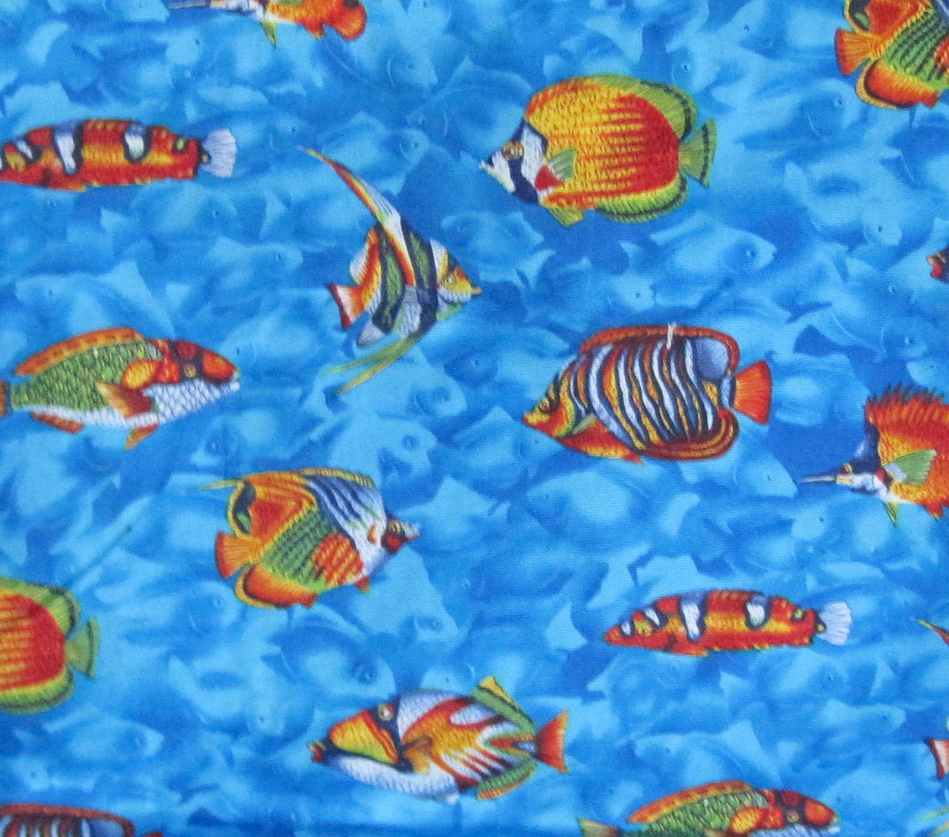 Tropical fish fabric 1 yard 100 cotton by handmadebysandi for Fish fabric by the yard