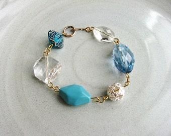 Bulky Blue Bracelet, Chunky Bead Bracelet, Golden Stackable Bracelet,  Boho Minimalist Jewelry, Beaded Bracelet, Simple Fashion Bracelet