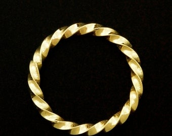 1 Soldered Closed Twisted Square Jump Ring 12 gauge 15mm ID - Rich Low Brass
