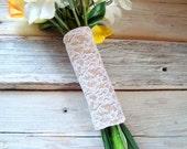 Burlap & lace bouquet wrap . bridesmaids bouquet wrap . bridal bouquet wrap . various sizes in white lace