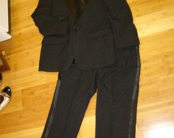 Tuxedo tux suit millionaire black costume Dracula Prom  one of a kind men's sz 40 R Halloween