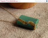 SPRING SALE 30% OFF Natural Afghan Green Quartz and 14kt Gold Fill Modern Slide Necklace