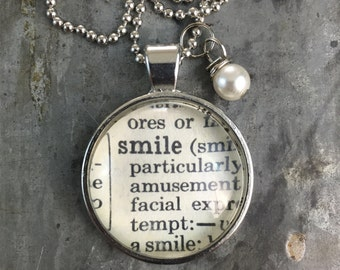 Dictionary Word Necklace - Smile