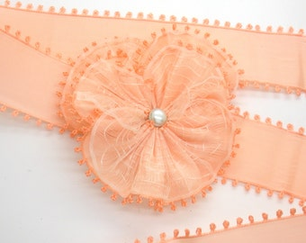 Pale Peach Picot Edge Pansy With White Overlay Applique