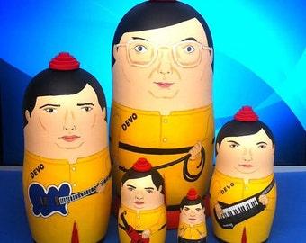 MINI DEVO Matryoshka Dolls
